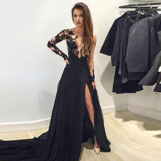 Black Sheer Long Sleeves Plunging V Neck Evening Gown With Appliques