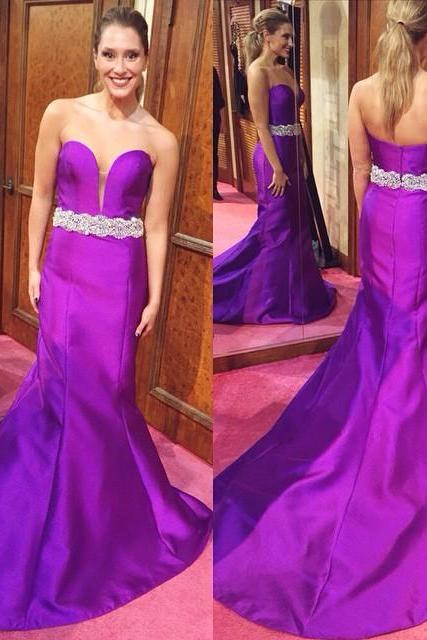 Elegant Persian Plum Plunging Sweetheart Mermaid Prom Gown With Sweep Train